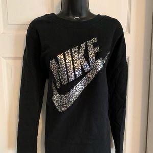 Nike pullover for women